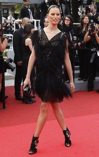 712253_model-kurkova-arrives-on-the-red-carpet-for-the-screening-of-the-film-pirates-of-the-caribbean-on-stranger-tides-at-the-64th-cannes-film-festival