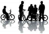 5461130-cyclistes-de-dessin-vectoriel-groupe-ados-silhouette-sur-fond-blanc